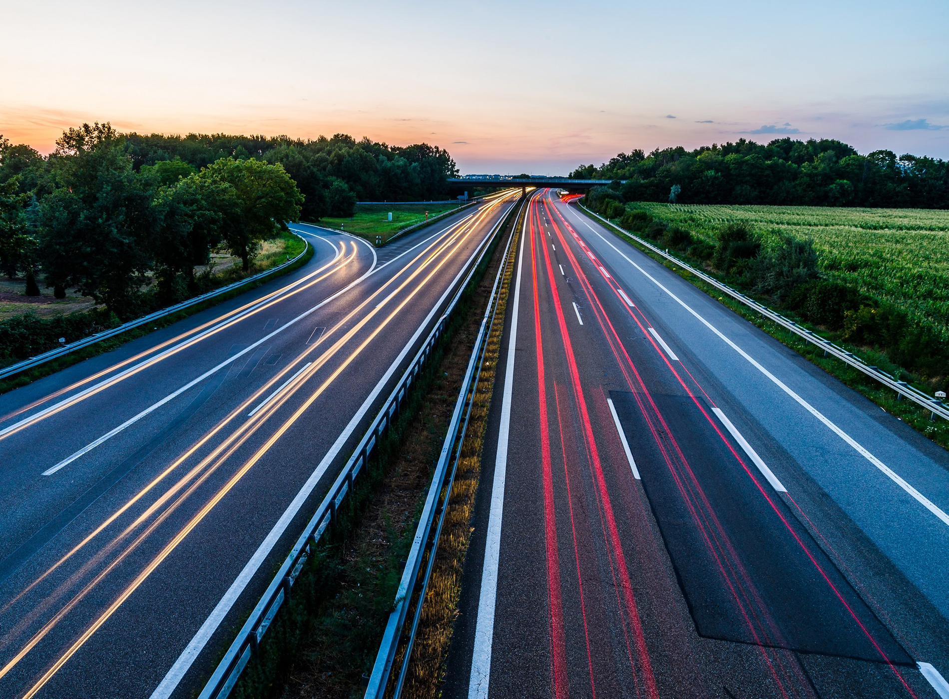 Fahren auf der Autobahn_Autonomes Fahren