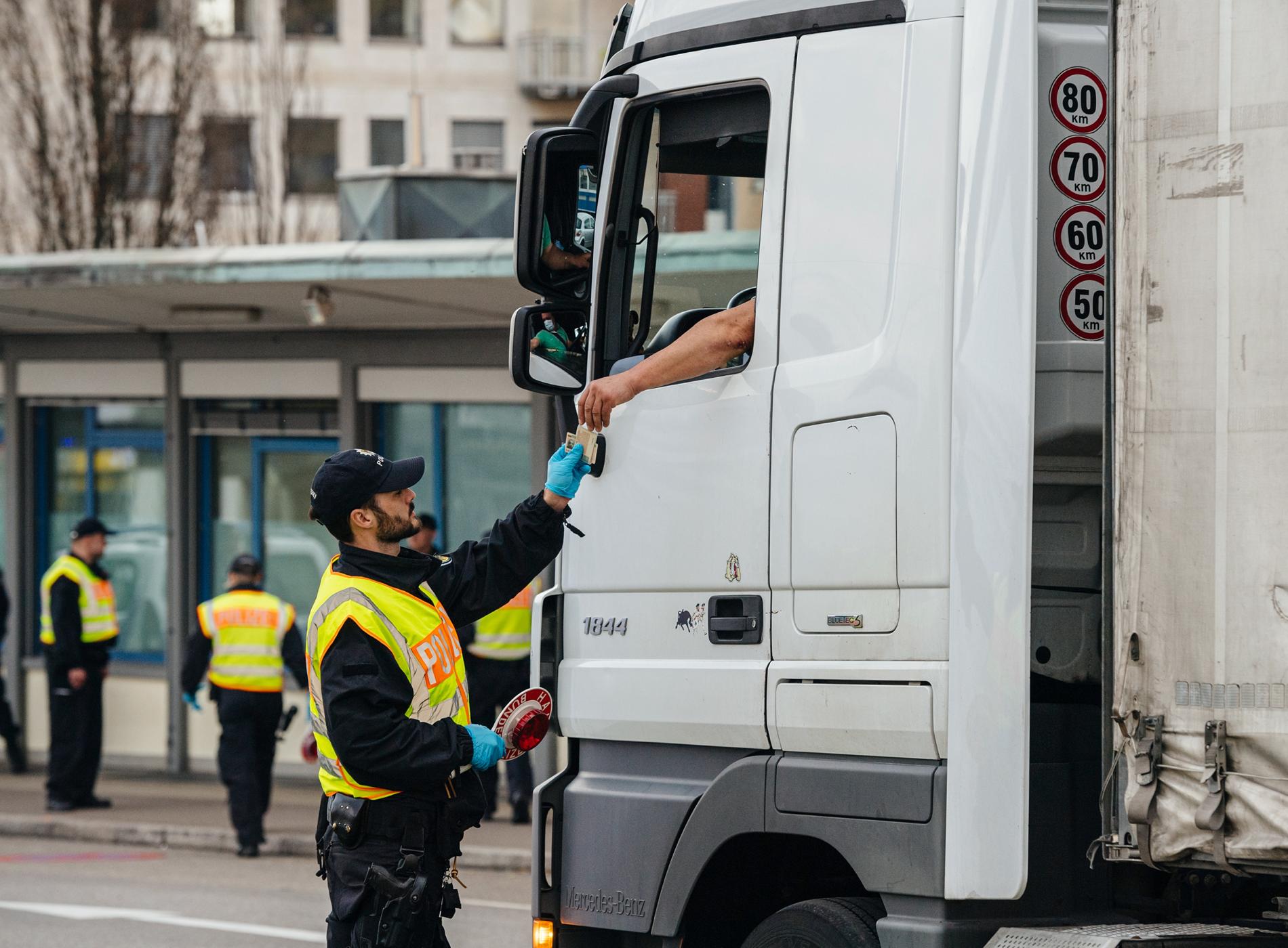 LKW-Bußgeldkatalog für Ordnungswidrigkeiten im Straßenverkehr